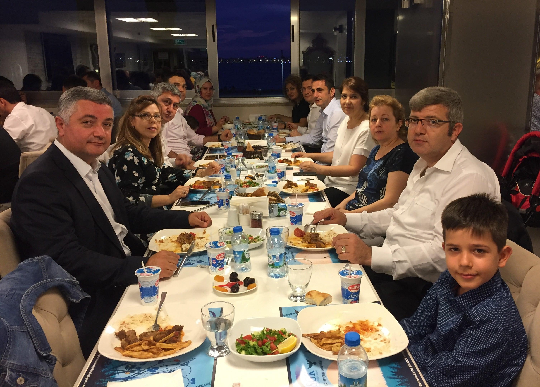 Demühder Üyeleri İzmir İftarında Buluştu
